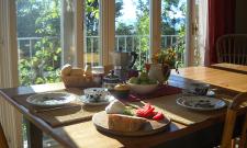 indoor breakfast